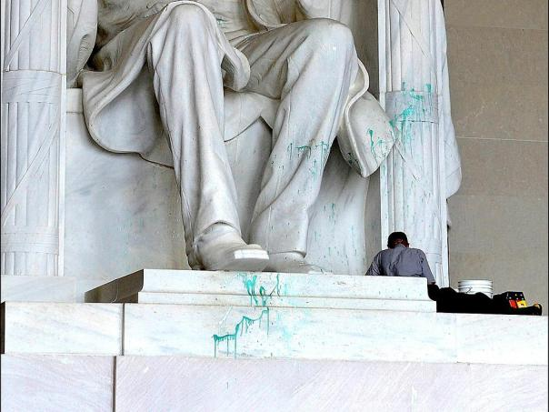 Confederate attack on the Lincoln Memorial back in 2013.