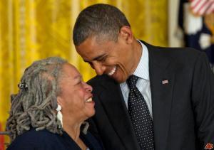 barack-obama-toni-morrison-2012-5-29-17-10-41